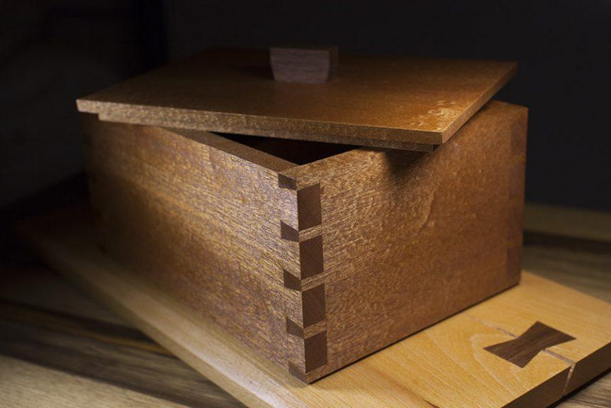 קופסת תכשיטים מאגוז אמריקאי