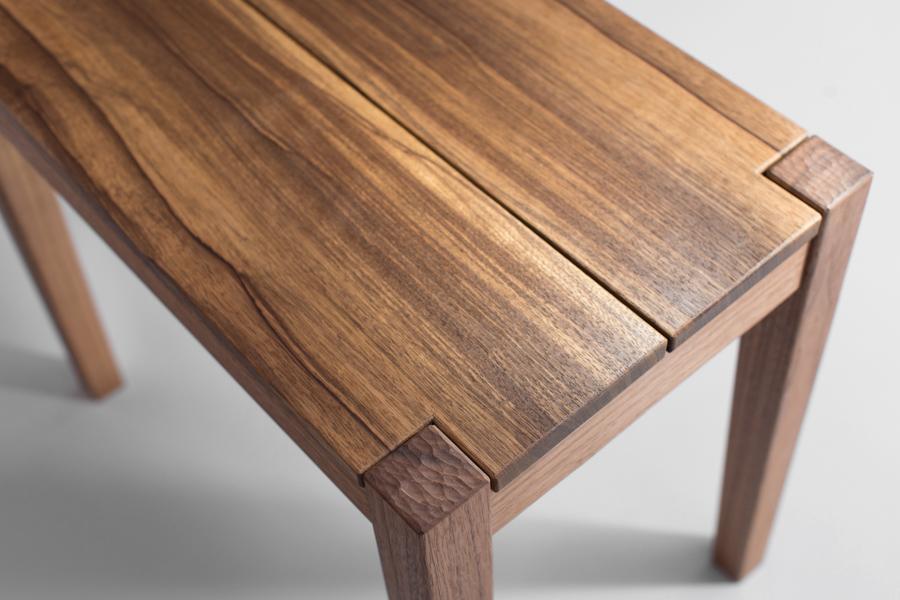 ספסל ישיבה מעץ