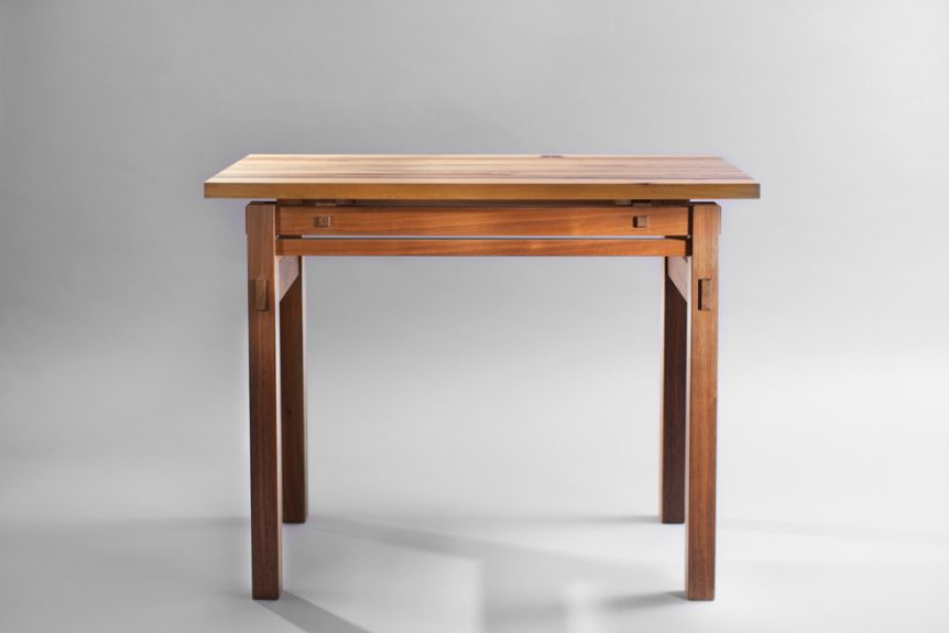 שולחן איפור מעץ מלא